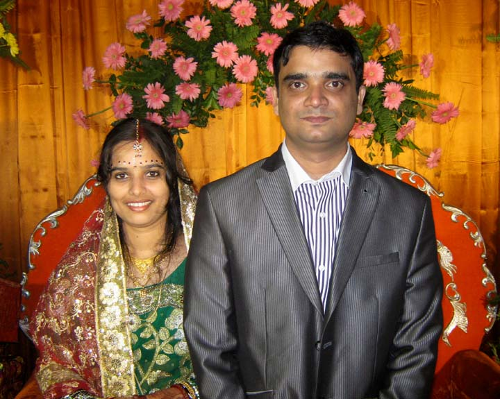 Swayangsu Satyapragyan with his wife Sabita at their wedding reception party in Bhubaneswar on <b>Dec 15, 2009.