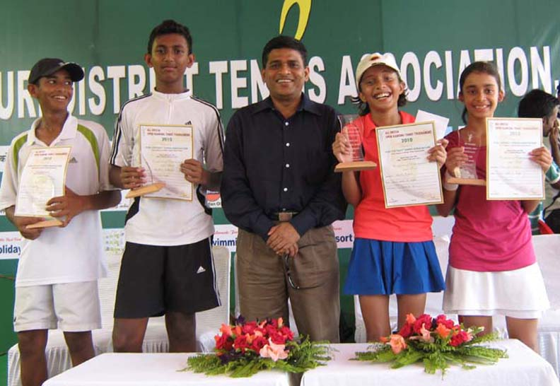 Prize winners and guest (L to R) Shakti Ray, Adwithya Patnaik, P K Mohapatra, Koyal Mishra and Tanmayee Patnaik) at the Puri Open tennis tournament in Puri on April 2, 2010.