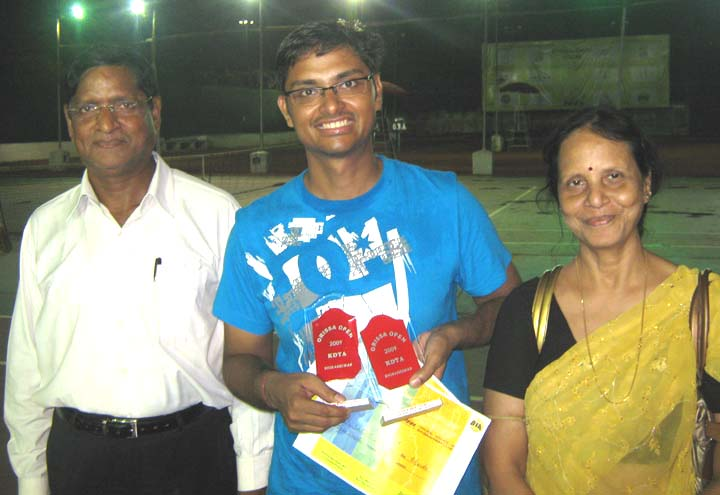 Satirtha Patnaik with his parents at the KDTA Open Tennis Tournament in Bhubaneswar in November, 2009.