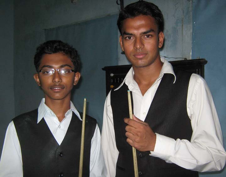Cueists Nishant Biswal (Right) and Ashutosh Padhy in Bhubaneswar on July 3, 2010.