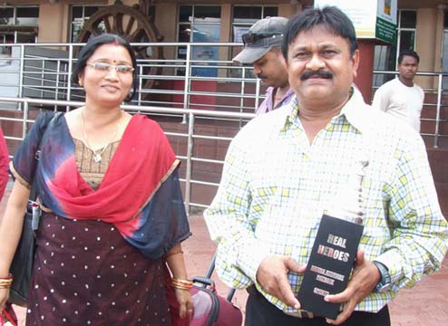 Eminent football coach Nanda Kishore Patnaik with wife Sanju Mohanty in Bhubaneswar in 2011.
