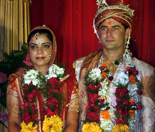 Saurabh Sehgal and his wife Disha Anand at their marriage ceremony in Bhubaneswar on Sept 20, 2010.