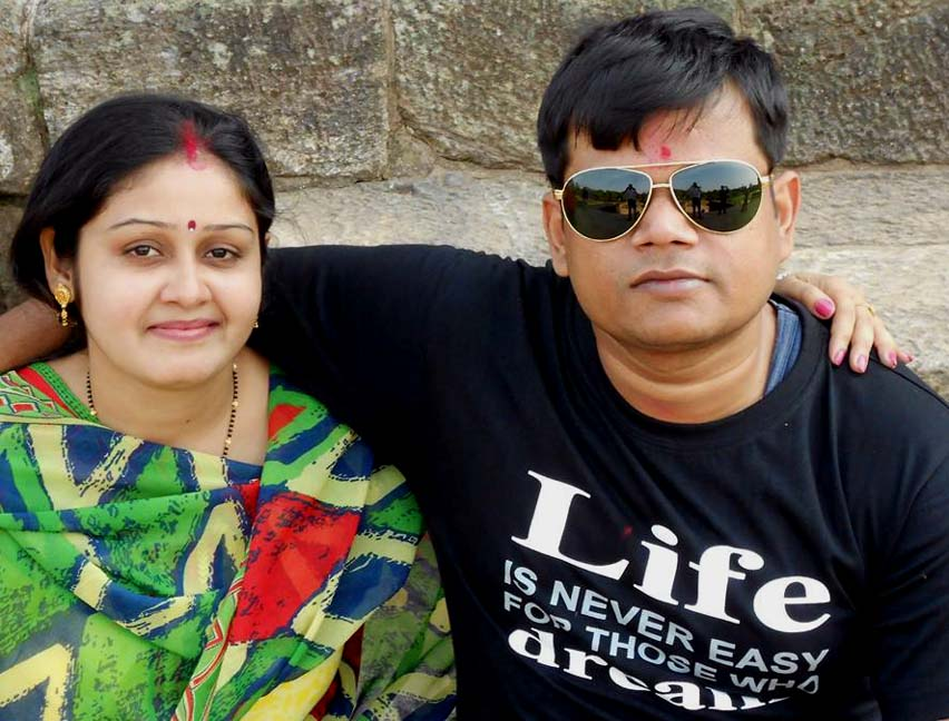 Odisha chess player Soumya Ranjan Mishra with his wife Sanchita in Mumbai on Januar 31, 2016.