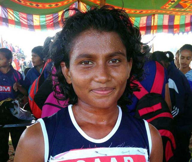 Odisha runner Samsad Ara Begum at the 33rd Junior National Athletics Championship in Vijaywada on Nov 16, 2017.