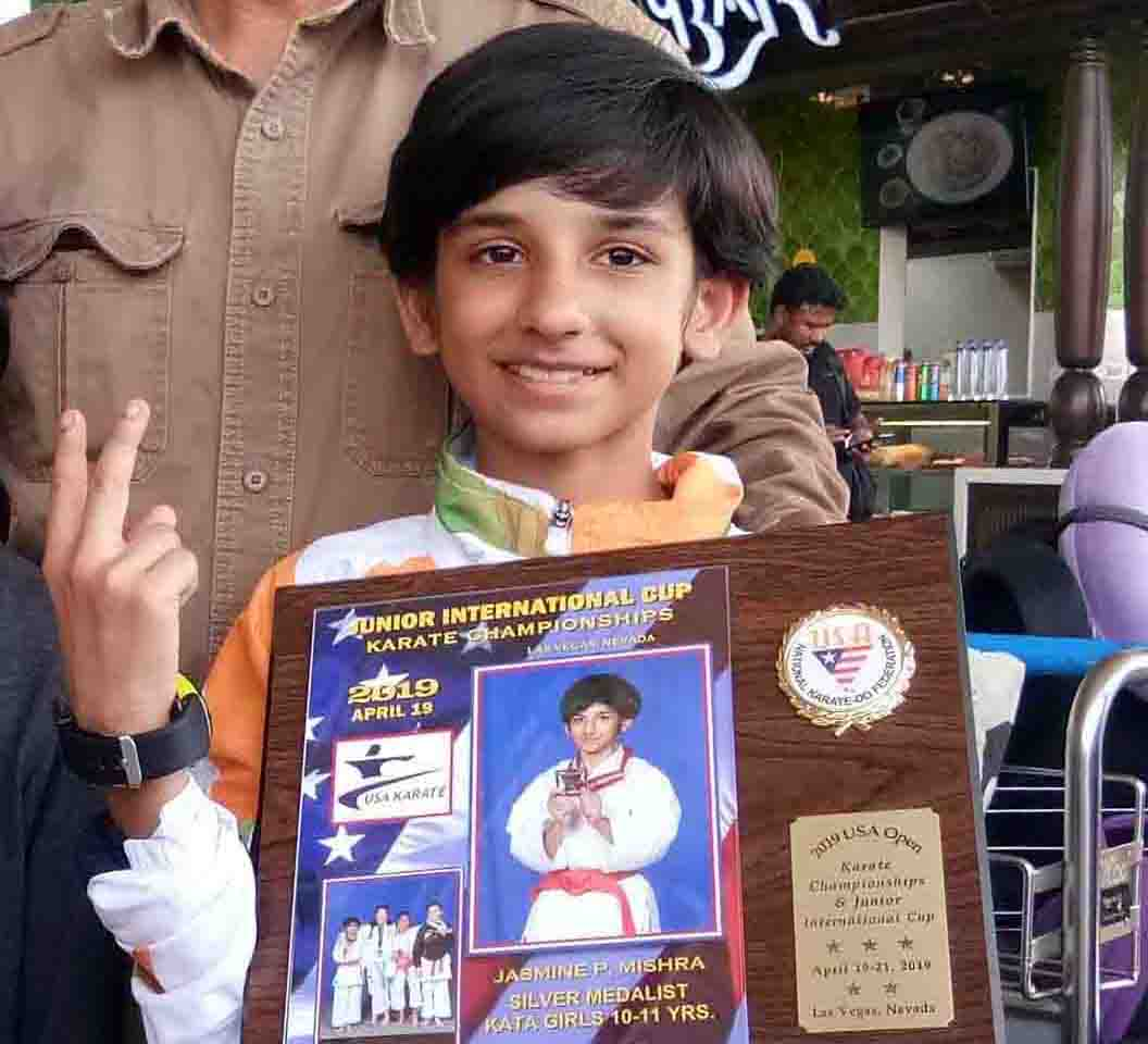 Odisha karateka Jasmine Mishra with her trophy at the Junior International Cup Karate Championship in Las Vegas, USA on 19th April, 2019