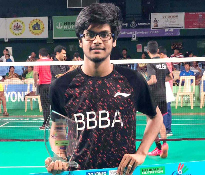 Odisha shuttler Ayush Pattanayak with his U-17 boys doubles silver medal at the Sub-Junior National Badminton Championship in Bengaluru on 2 Dec, 2018.