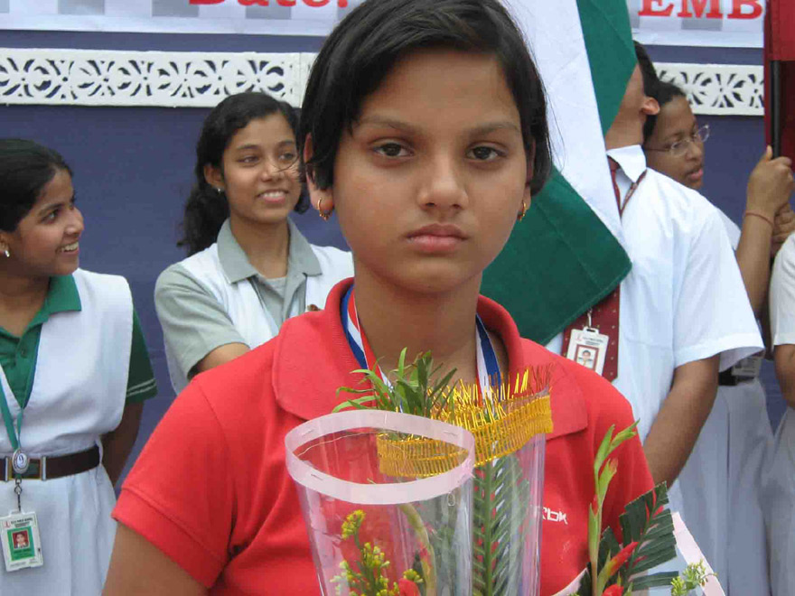 World Youth Chess medallist Sunyasakta Satpathy is felicitated by DAV School, Chandrasekharpur in Bhubaneswar on Nov 1, 2008.