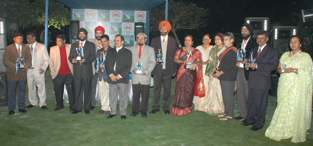 Prize winners and guests at the closing function of the All-Orissa Open Falcon Trophy Golf Tournament in Bhubaneswar on Dec 28, 2008.