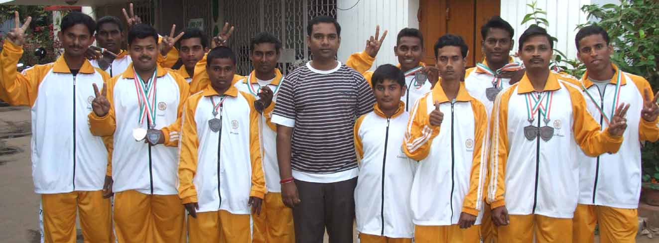 Members of Orissa taekwondo squad with their medals in Bhubaneswar on January 4, 2009