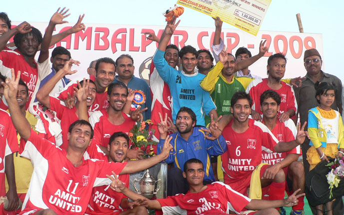 Amity United team lifts the trophy after winning the All-India Sambalpur Cup Invitation Football Tournament in Sambalpur on Jan 14, 2009.