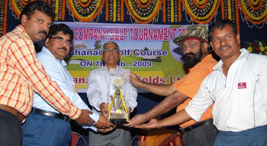 Members of host Mahanadi Coalfileds Limited (MCL) receive the trophy as team champions of the Coal India Limited Inter-Company Golf Tournament in Burla on Feb 7, 2009.
