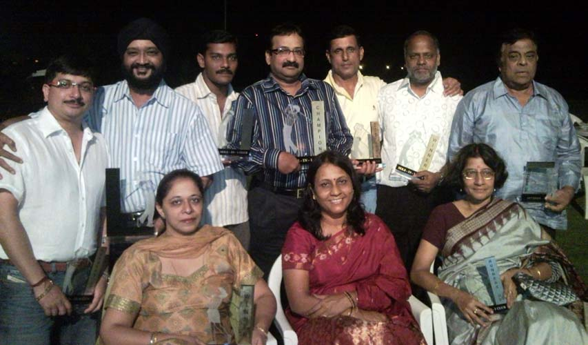 Prize winners of the BGC Hole-in-one tournament in Bhubaneswar on March 15, 2009.