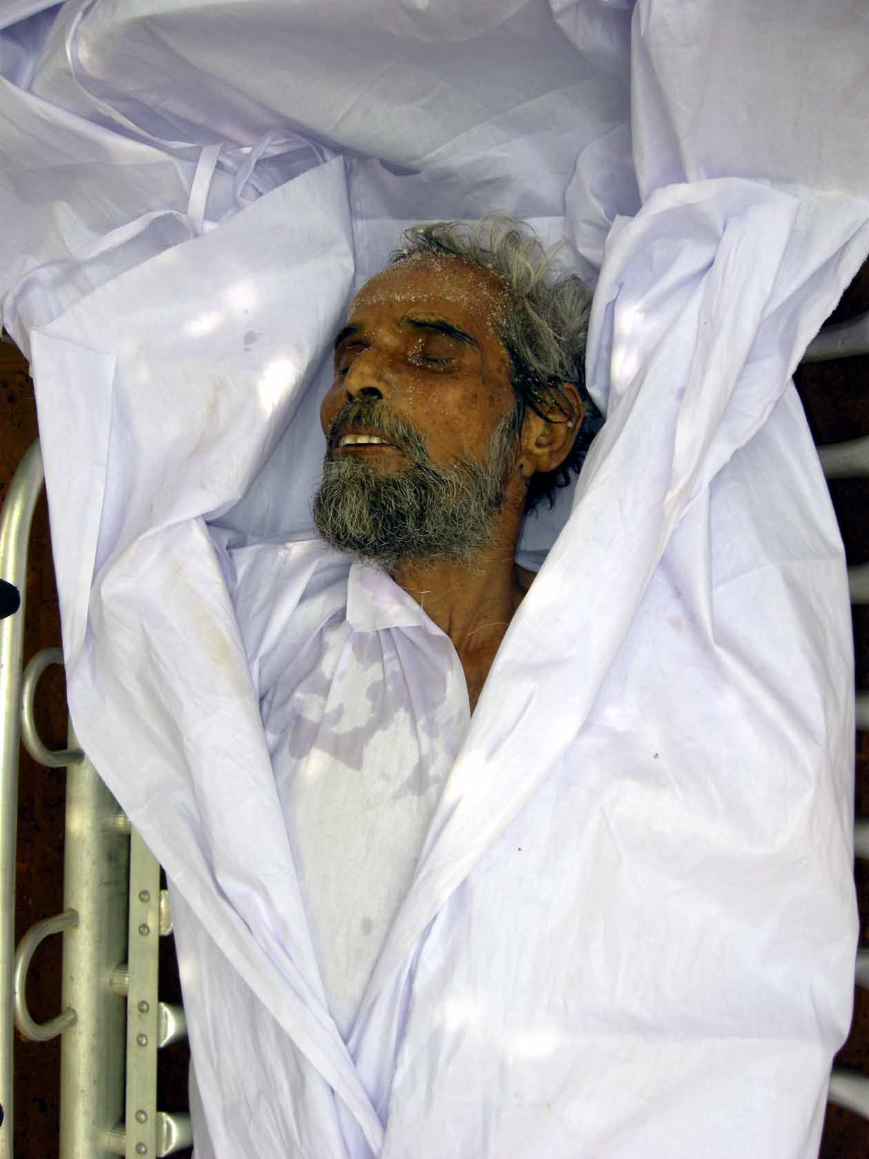 Orissa's legendary athlete Seikh Gulzar after he passed away in Bhubaneswar on April 8, 2009.