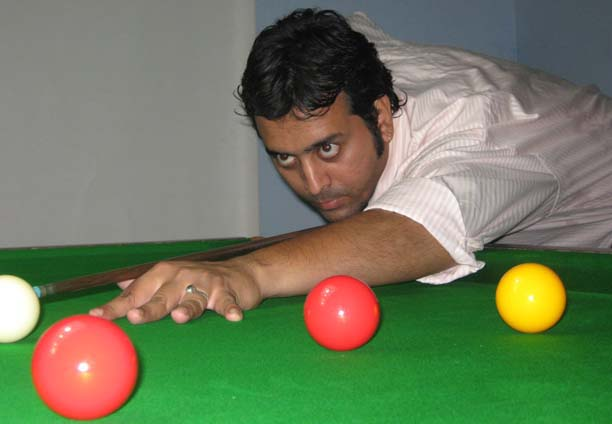 Jeet Kishore Das in action at the All-Orissa Open Snooker Tournament in Bhubaneswar on April 21, 2009.