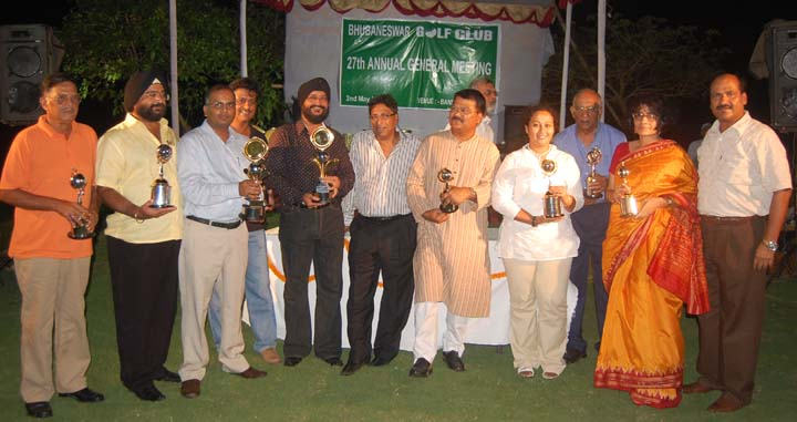 Prize winners at the closing function of BGC season-ending tournament in Bhubaneswar on May 2, 2009.