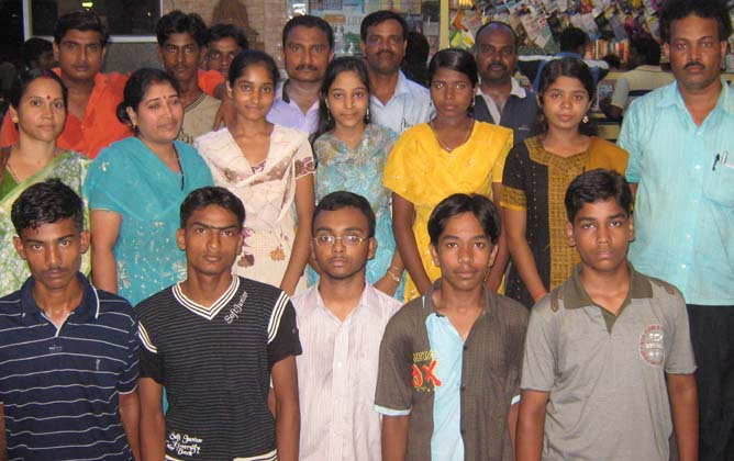 Orissa squad for National Sub-junior Soft Tennis Championship leaves Bhubaneswar on <b>May 21, 2009.