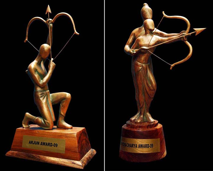 New designs of Arjuna and Dronacharya Awards, prepared by Orissa artist GP Sahu in <b>2009.