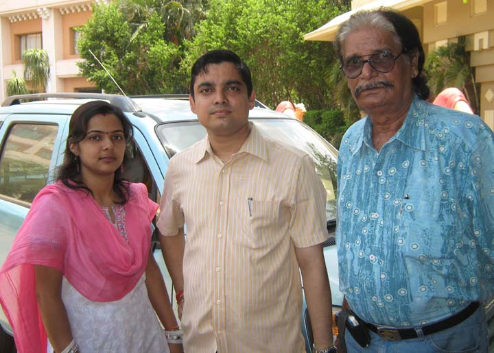 Orissa chess player <b>Swayangsu Satyakam </b>(middle) with his wife Manasmita and father Sudhindra Panda in Bhubaneswar on <b>June 14, 2009.