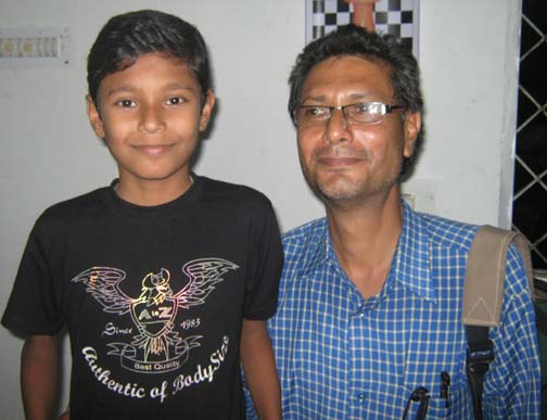 Orissa chess players <b>Baivab  Mishra</b> with his father Sriprakash Mishra in Bhubaneswar on <b>Sept 28, 2009.