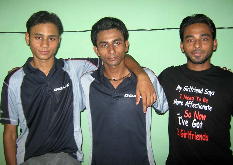 Orissa`s three well-known table tennis playing Haque brothers <b>Asif, Tousif and Tohid </b>in Bhubaheswar on Oct 4, 2009.