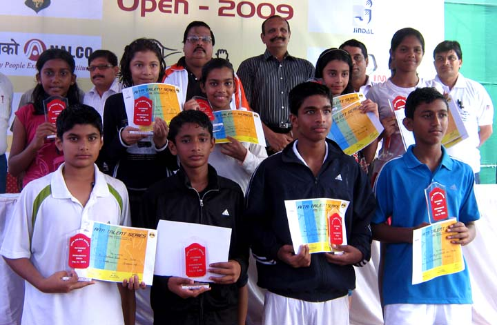 Prize winners and guests at the KDTA-AITA Talent Series Tennis Tournament at Bhubaneswar Club in Bhubaneswar on <b>Nov 12, 2009.