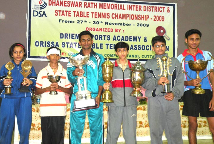 Singles title winners (L to R) Anjali Agarwal, Subhendu Dutta, Tousif Haque, Samartha Prusty, Ashis Agarwal and Asif Haque at the State Table Tennis Championship in Tangi on <b>Nov 30, 2009.